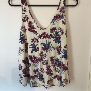 American Eagle Soft & Sexy Cropped Floral Tank